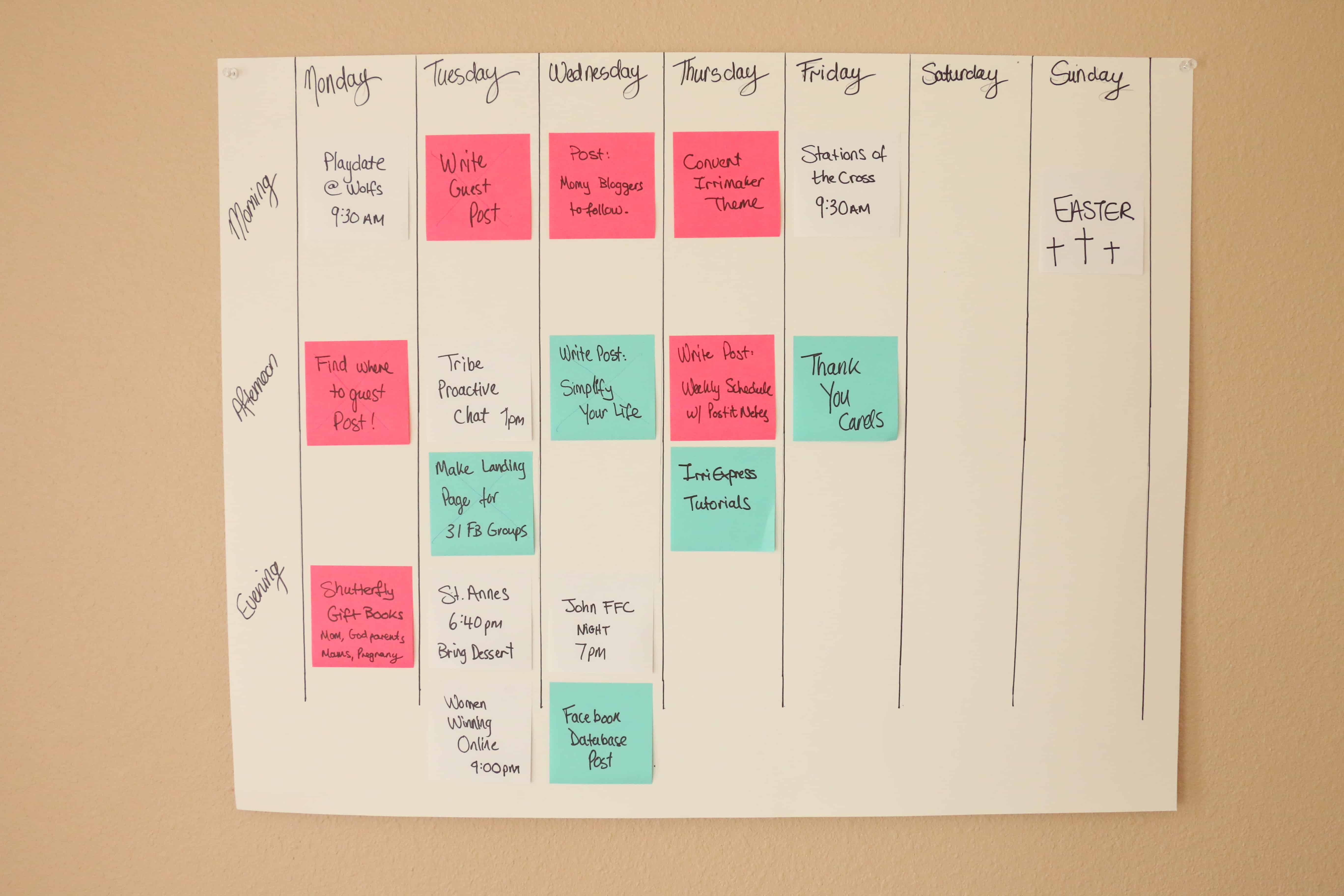 Super Simple Weekly Schedule to Get Stuff Done Post-it Notes Organize and Schedule my Life with Post it notes - Super Simple Hack! 5