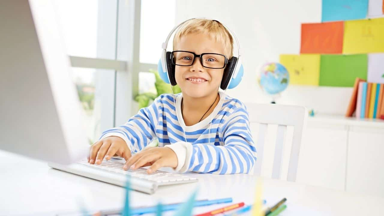 How to Start and Make Money with a Kids Activity Blog